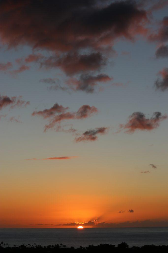 Sunset, Waiamae